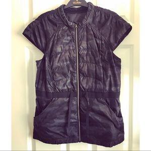 Lululemon Ladies Black Camo Vest, 10